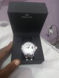 Relógio modaine