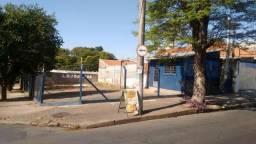 Terreno (alugado para lava rápido), muito bem localizado em Cosmópolis-SP. (TE0022)