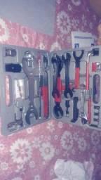 Maleta de ferramentas com 44