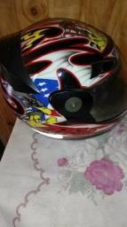 Vendo capacete cemi novo