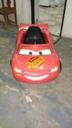 Carro eletrico McQueen