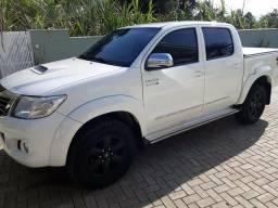 Toyota Hilux SRV Controle Tracao 4x4 - 2013
