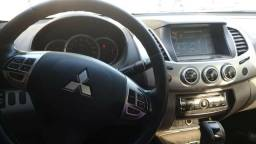 Mitsubishi L200 Triton HPE (Diesel) Extra - 2015