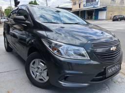 // Chevrolet Onix 1.0 2016 - Vendo - Troco - Financio - 2016
