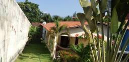 Casa Temporada, em Icaraí, 03 quartos, 04 banheiros