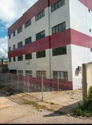 Alugo em Moreno 700,00 e 800,00