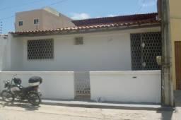 Casa para alugar com 3 dormitórios em Cidade 2000, Fortaleza cod:70807