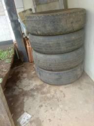 Vende-se 4 pneu meia vida aro 16