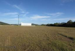 Amplo Terreno com 53.275,88m² à venda ou locação, localizado na Rodovia BR 101, com fundos