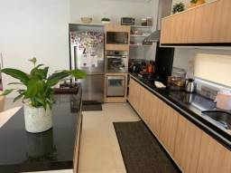 Casa térrea a venda no Condomínio Florais dos Lagos