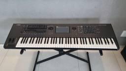 Vendo teclado Yamaha Montage 7 em perfeito estado