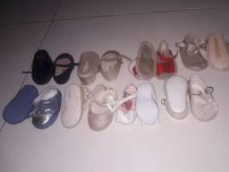 8 pares de sandalinhas