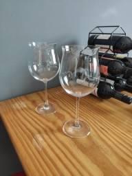 Par de taças de vinho