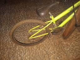 Bicicleta usada, apenas vendo