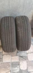 Dois pneus aro 15 185/60 radiador do fox 2010
