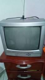 Semi nova Tv CCE.    (Baixou)170,00