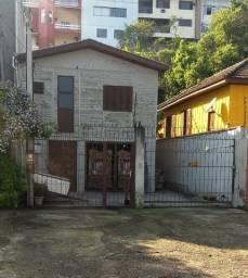 Aluga Casa para moradia e ponto comercial
