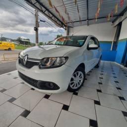 Renault Logan 1.0, 2018, carro muito novo!!