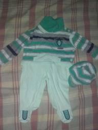 Lote de roupas pra bebê (menino)