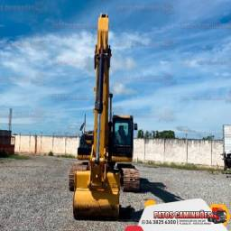 Escavadeira CAT 320 D2L