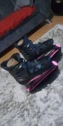 Kangoo Jump XR3 SE preto com rosa tamanho M