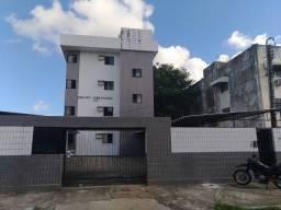 Edf. Vet. José Afonso, no Engenho do Meio, próximo a colégios Souza Vera, UFPE e Bancos.