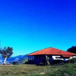 Alugue um sítio com de 5 suítes no alto da Serra da Mantiqueira - até 14 pessoas