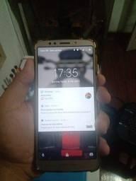 MOTO E5 celular top