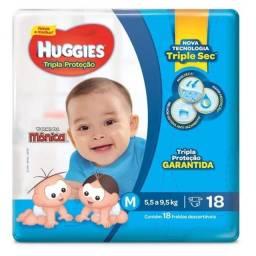 Título do anúncio: Fraldas M Hugggis - pacote fechado