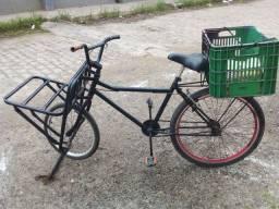 Bicicleta cargueiro so vendo