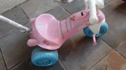 Bicicleta e Motoca Barbie