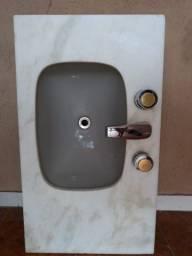 Vendo esse lavatório 150,00