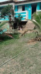 Casa ampla a 100 metros da praia de Figueira
