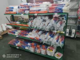 Título do anúncio: Fechei. Vendo toda a mercadoria de embalagens e mercearia. Preço a combinar.