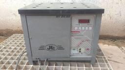 Título do anúncio: Carregador de bateria industrial  MT24/50