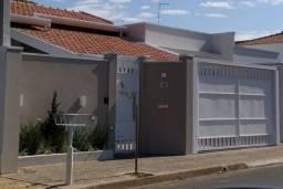 Casa á venda