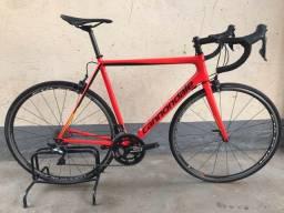 Bicicleta Cannondale SuperSix Evo Tamanho 56