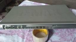 Título do anúncio: DVD marca D-Max antigo mais funciona tem controle