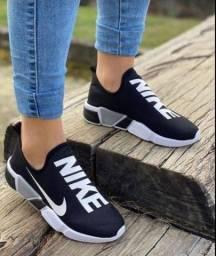 Tênis Meia Feminino Nike! Lindíssimo!