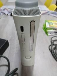 Xbox 360 original, sem desbloqueio, sem controle