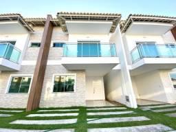 Casa dulpex em condomínio no Eusébio