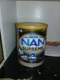 Vendo uma Lata de Leite NAN Supreme 2 Para bebês de 6 meses em diante