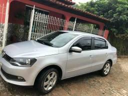 Vendo Volkswagen Voyage completo - 2012