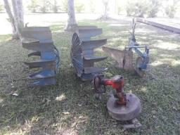 Rocadeira roda de ferro e arado