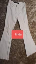 Calça jeans da marca Linda