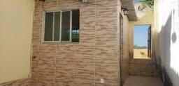 Casas de vila no Tanque Jacarepaguá com 01 quarto localizada na Renato Meira Lima