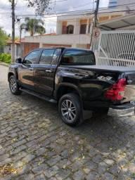 Toyota Hilux Veículo sem detalhe revisada 21/12 garantia de fábrica de três anos - 2018
