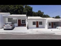 Casa em residencial fechado 90 mil 2 quartas e 2 banheiros