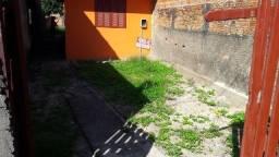 Vendo casa de 2 dormitorios proximo ao centro de Imbituba