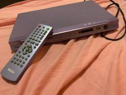 DVD com entrada USB e microfone